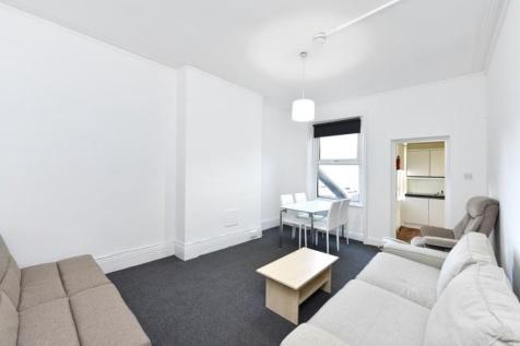 Park Road, Crouch End, London. 2 bedroom flat