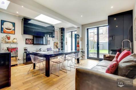 Harvey Road, Crouch End N8. 5 bedroom terraced house for sale