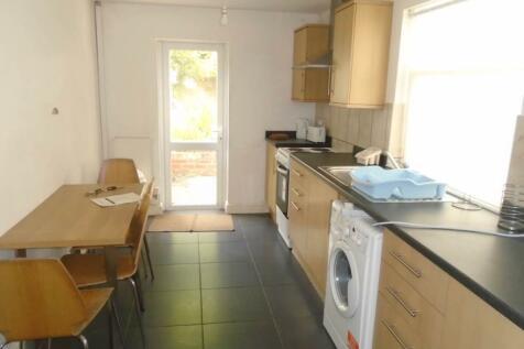 Strathnairn Street, Roath, Cardiff. 4 bedroom house