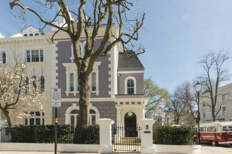 Elgin Crescent, Notting Hill W11. 5 bedroom house