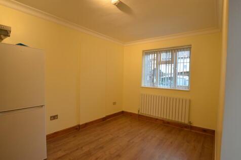 Watford, WD19. Studio flat