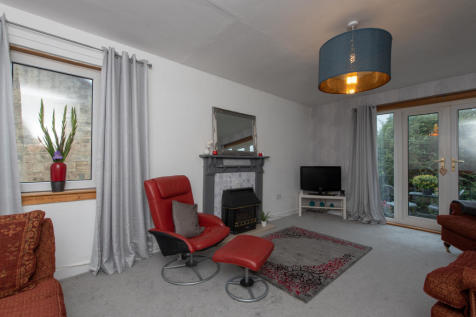 Murray Court Majors Loan, Falkirk, FK1. 2 bedroom maisonette for sale