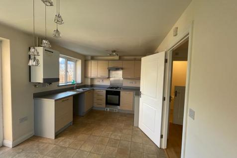 Bluebell Gardens Broughton, Milton Keynes, MK10. 3 bedroom semi-detached house