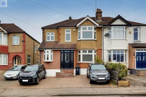 Loughton Way, Buckhurst Hill property