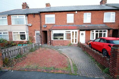 St. Cuthberts Avenue, Framwellgate Moor, Durham. 3 bedroom terraced house