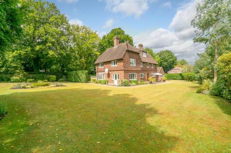 Trodds Lane, Merrow. 5 bedroom detached house for sale