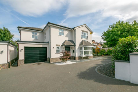 Horseshoe Lane East, Merrow. 4 bedroom detached house for sale