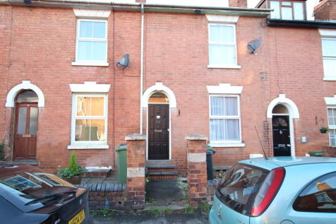 4 Rooms inclusive of bills - Happy Land West. House share