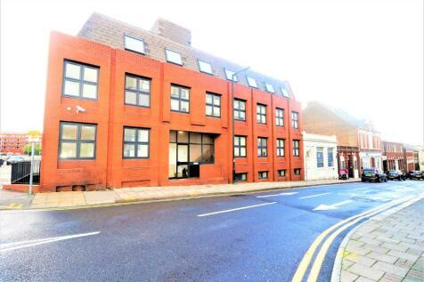 King Street, Luton, Bedfordshire, LU1. 2 bedroom flat