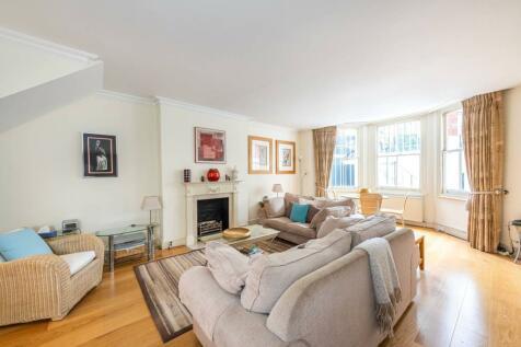 Egerton Gardens, Chelsea, London, SW3. 2 bedroom flat
