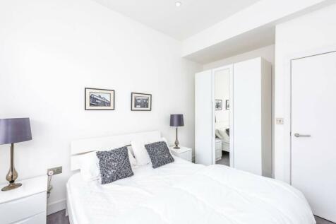 Commercial Street, Shoreditch, London, E1. 1 bedroom flat