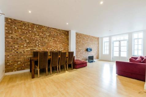 Fairclough Street, Aldgate, London, E1. 2 bedroom flat