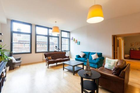 Commercial Street, Spitalfields, London, E1. 2 bedroom flat for sale
