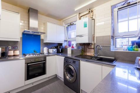 Bell Lane, Aldgate, London, E1. 3 bedroom flat for sale