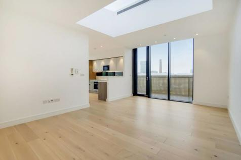 Bluebell Apartments,, Shoreditch, London, E1. 3 bedroom flat