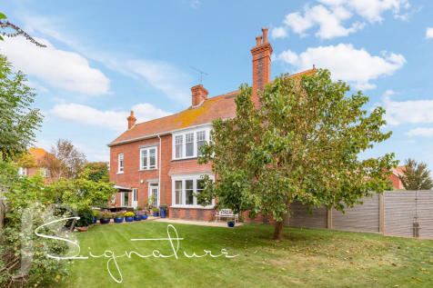 Abinger House, Abbey Road, Worthing BN11 3RW. 5 bedroom detached house
