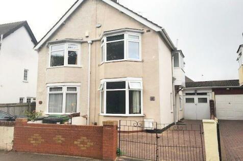 Park Road East West Park Wolverhampton. 3 bedroom semi-detached house