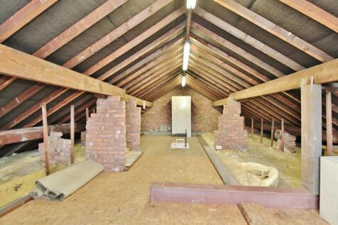 Cloverfield, Penwortham, Preston. 2 bedroom bungalow for sale