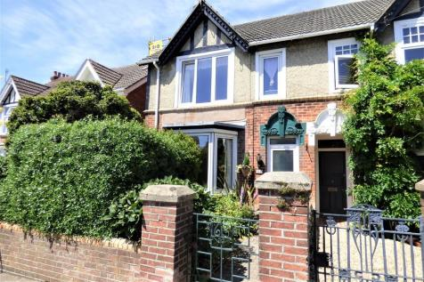 North Road, Lower Parkstone. 4 bedroom semi-detached house