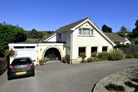 Ipswich Road, Westbourne. 3 bedroom bungalow