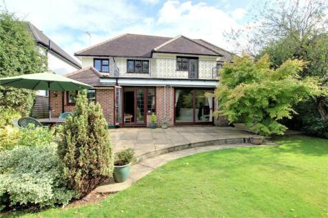 Offington Gardens, Offington, Worthing, West Sussex, BN14. 4 bedroom detached house for sale