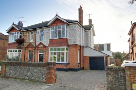 Richmond Road, Worthing, BN11. 4 bedroom semi-detached house for sale