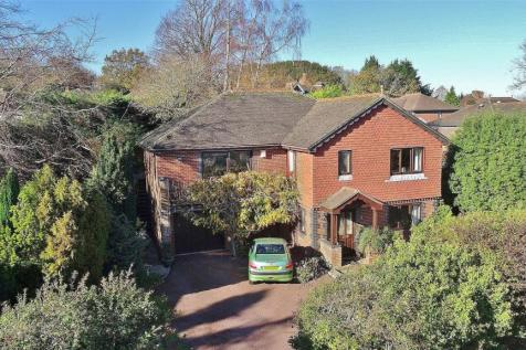 Gorse Lane, High Salvington, Worthing, West Sussex, BN13. 5 bedroom detached house for sale