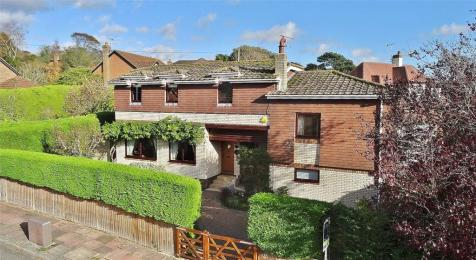 West Way, High Salvington, Worthing, West Sussex, BN13. 4 bedroom detached house for sale