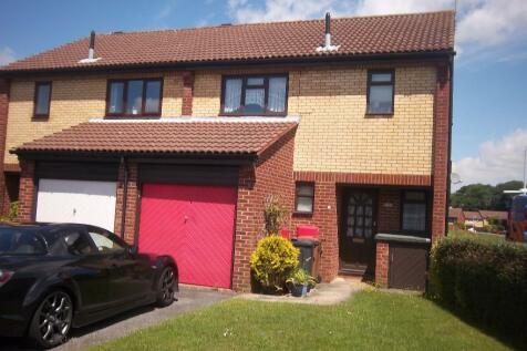 St. Albans Drive, Stevenage, Hertfordshire, SG1. 3 bedroom semi-detached house