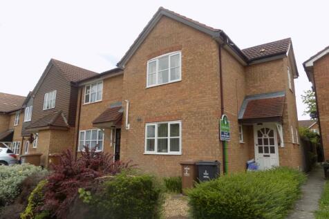 Colwyn Close, Stevenage, Hertfordshire, SG1. 3 bedroom end of terrace house