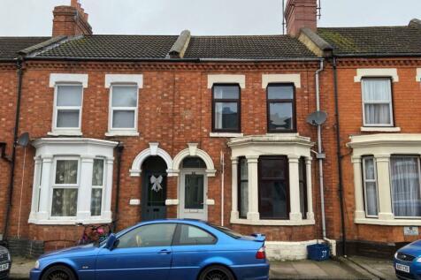 Ivy Road, Abington, Northampton NN1 4QS. 3 bedroom terraced house for sale