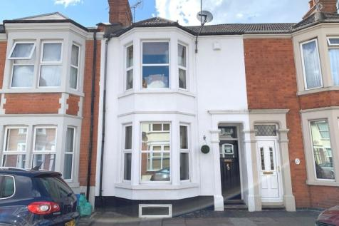 Cedar Road, Abington, Northampton NN1 4RW. 3 bedroom terraced house for sale