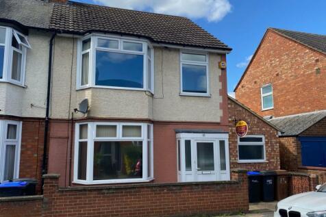 Barry Road, Abington, Northampton NN1 5JS. 3 bedroom end of terrace house for sale
