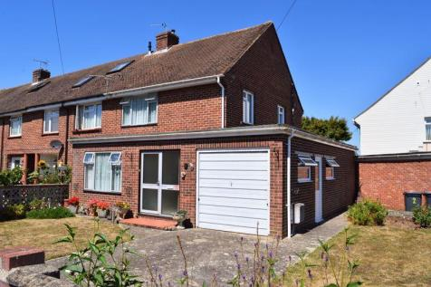 Restawyle Avenue, Hayling Island. 3 bedroom end of terrace house for sale