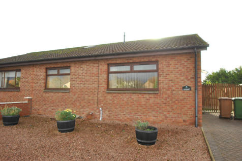 Riverside View, Alloa, Clackmannanshire, FK10. 2 bedroom semi-detached bungalow for sale