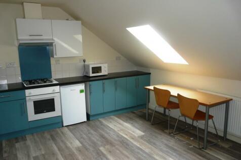 Carholme Road, Lincoln, Lincolnshire, LN1. 5 bedroom apartment