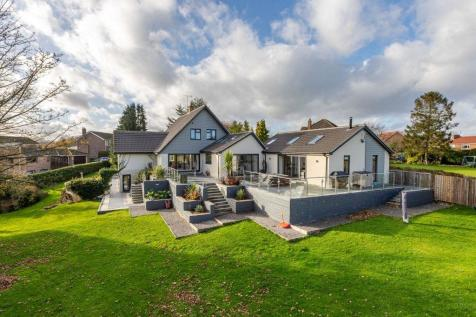 The Grove, Hutton Rudby, Yarm. 4 bedroom detached house for sale