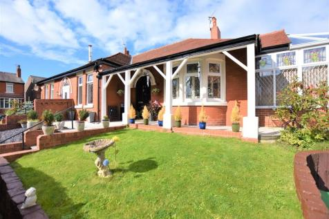 Gloucester Avenue, Blackpool. 3 bedroom semi-detached bungalow for sale