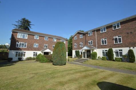 Weybridge, Surrey, KT13. 1 bedroom flat