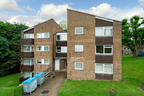 Fern Drive, Hemel Hempstead. 1 bedroom flat