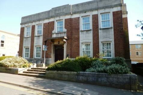 Flat 4 56-58 East Parade, Harrogate. 2 bedroom ground floor flat