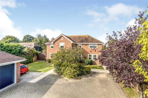 Spinnaker Grange, Hayling Island, Hampshire. 5 bedroom house for sale