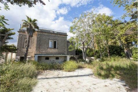 Maruggio, 74020, Italy. 5 bedroom house