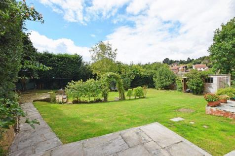 Marshlands Lane, Heathfield. 5 bedroom detached house