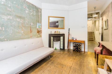 Haberdasher Street, Hoxton, N1. 2 bedroom apartment