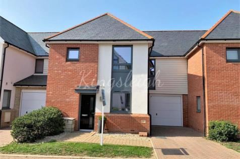 Henry Swan Way, Colchester, Essex, CO1. 3 bedroom semi-detached house