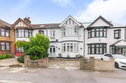 Wanstead Lane, Ilford, IG1. 4 bedroom house