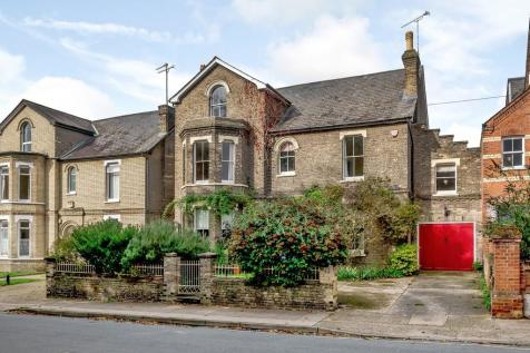 Ipswich, Suffolk. 6 bedroom detached house for sale