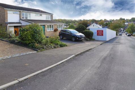 Bloomfield Road, Harpenden, Herts. 4 bedroom detached house for sale