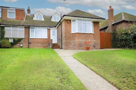 Mancroft Road, Caddington. 5 bedroom semi-detached bungalow for sale